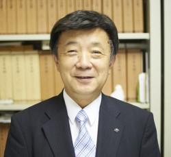 岡田先生 mini_リサイズ_トリミング